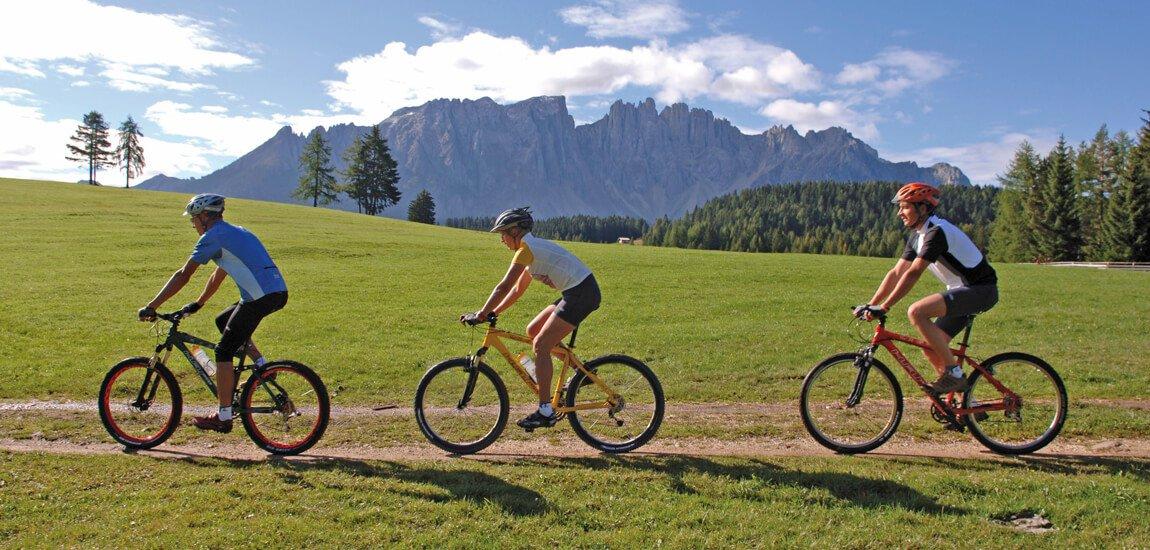 Vacanze in mountain bike nelle Dolomiti